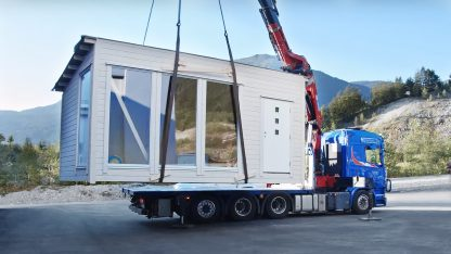 Shed on crane truck